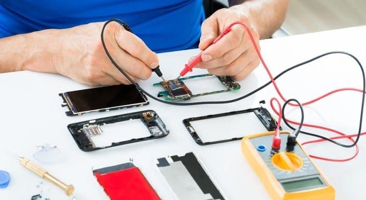Non sai come riparare uno smartphone? Bene sei nel posto giusto, frequenta il nostro corsi di riparazione Smartphone e Tablet a Caserta, è diventa un tecnico del settore!